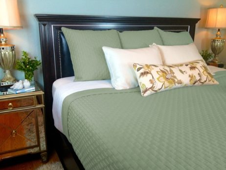 Bamboo coverlet sage